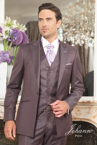 costume-ceremonie-mariage-3-pieces-marron-lilas-0